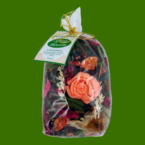 fleurs de printemps pot pourri dans sachet de 50 grammes. Black Bedroom Furniture Sets. Home Design Ideas