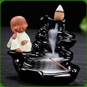 """Fontaine à encens """" Moine Vert Clair """" en céramique et en terre cuite"""